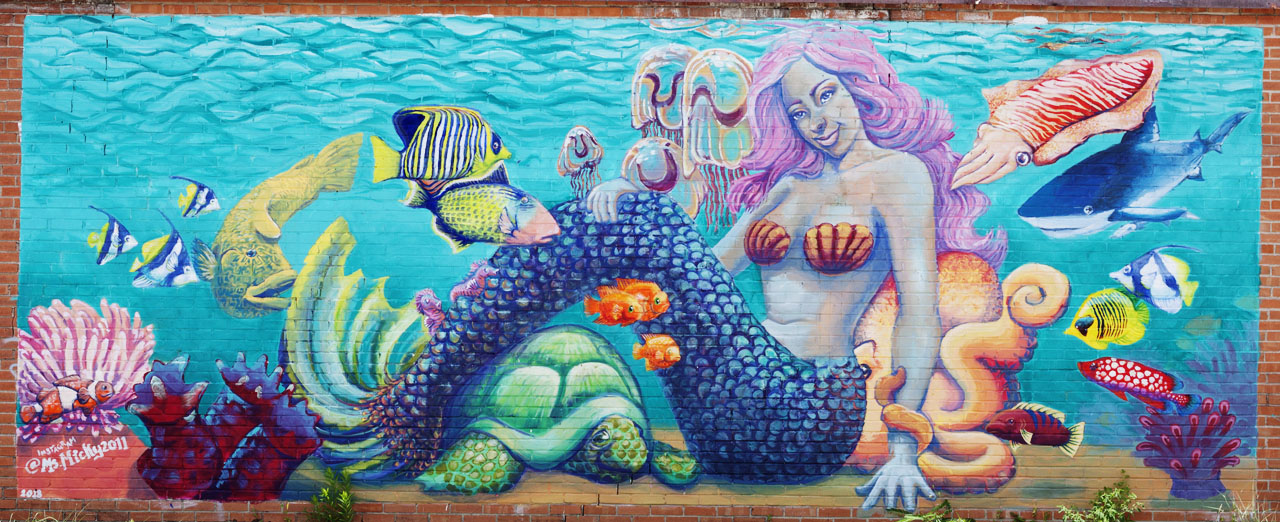 Mermaid mural at 660 Fannin Street by Micky Mitchell